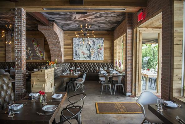 restaurantsviewdiningroomdistrictmiami2_theartgorgeous