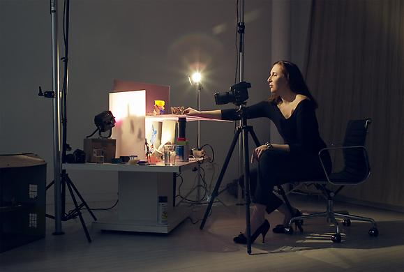 8f15c712_laurie_simmons_theartgorgeous