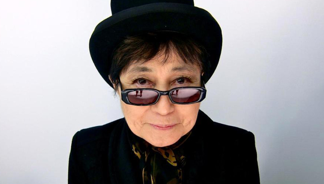5 Facts About Yoko Ono - the Infamous Beatle Breaker