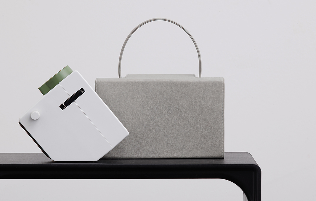 dieter-rams-latest-project-leather-handbag-01