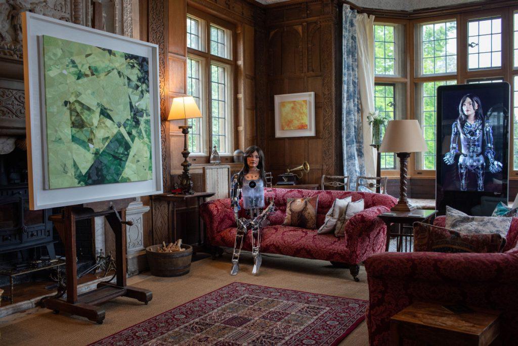 Far Shot of Ai-DA in Front Room (Photographer Victor Frankowski)