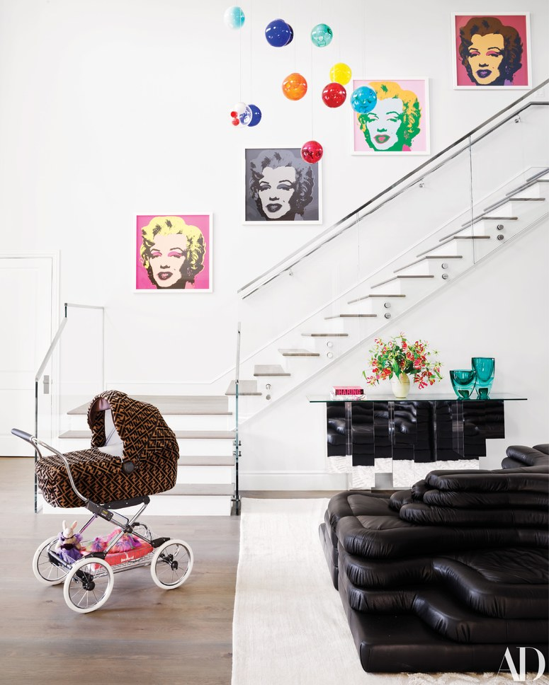kylie-jenner-home-hallway-stairs