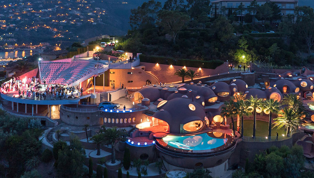 Pierre Cardin's 1970s 'Bubble Palace' near Cannes Is for Sale